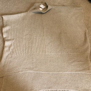 Women's FREE PEOPLE taupe sweater one size poncho